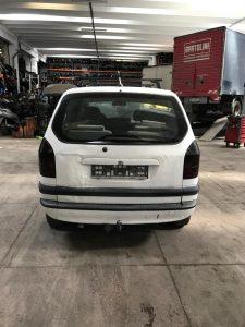 Opel Zafira A (3)