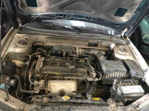 Hyundai Elantra 2001 Limuzina 1.6 benzina (2)