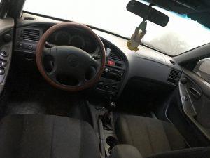 Hyundai Elantra 2001 Limuzina 1.6 benzina (3)