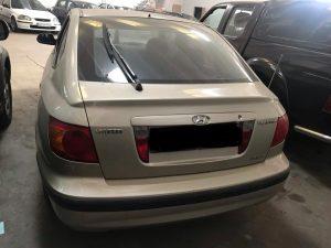 Hyundai Elantra 2001 Limuzina 1.6 benzina (6)