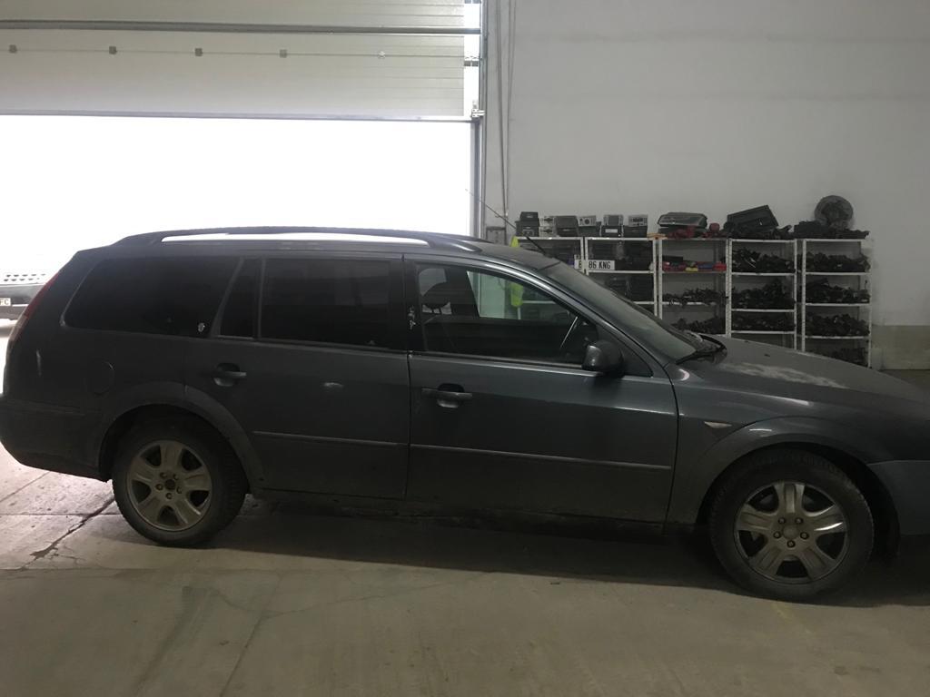 Ford Mondeo 2003 Break 2.0 tdci (4)