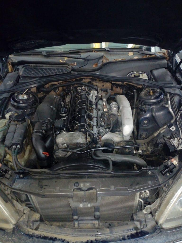 Mercedes S-class w220 Limuzina 2001 3.2 cdi 145 kw 197 cp (6)